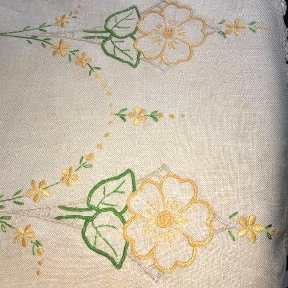 Vintage Dresser Scarf Table Runner Embroidered